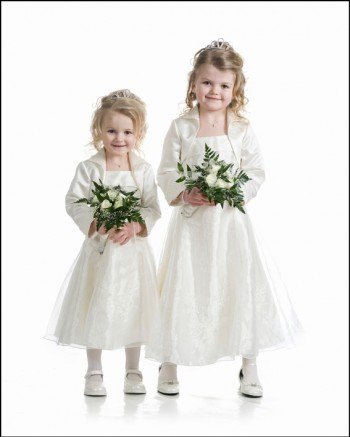 Bryllup-060-Brudepike og brudesvenn