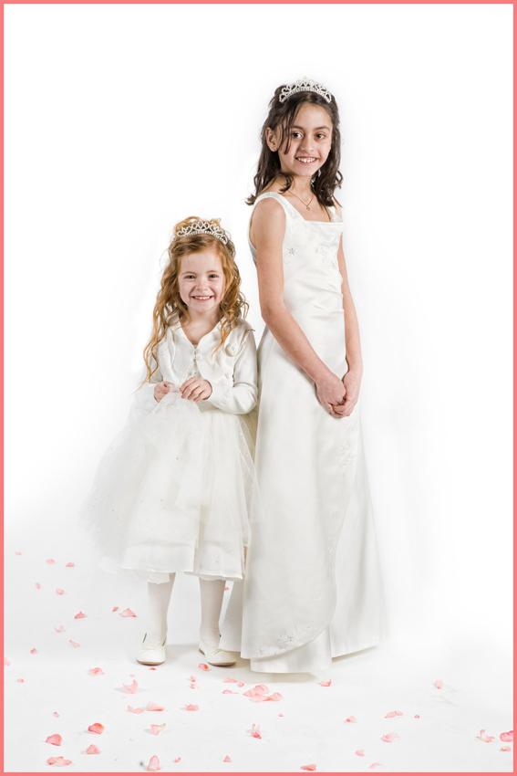 Bryllup-020-Brudepike og brudesvenn