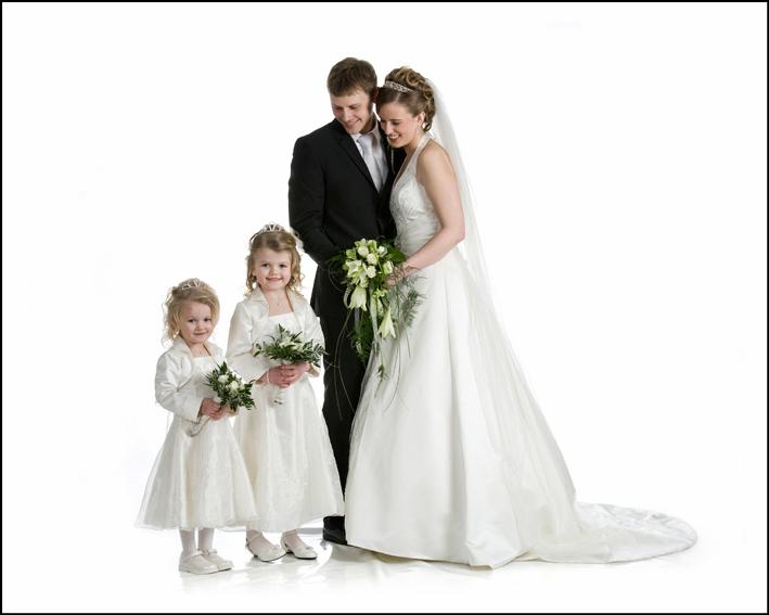 Bryllup-032-Brudepike og brudesvenn